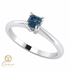inel de logodna solitaire cu diamant albastru patrat