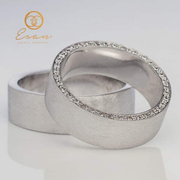 din aur alb cu diamante model mat gheata ESV106