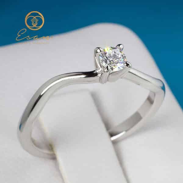 Inel de logodna solitaire cu diamant ESD11