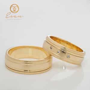Verighete din aur galben cu 3 diamante ESV149