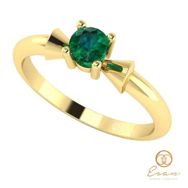 Inel de logodna din aur cu smarald ES26