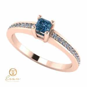 Inel de logodna din aur cu diamant albastru si diamante incolore ES116