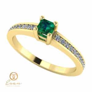 Inel de logodna din aur cu smarald si diamante ES116