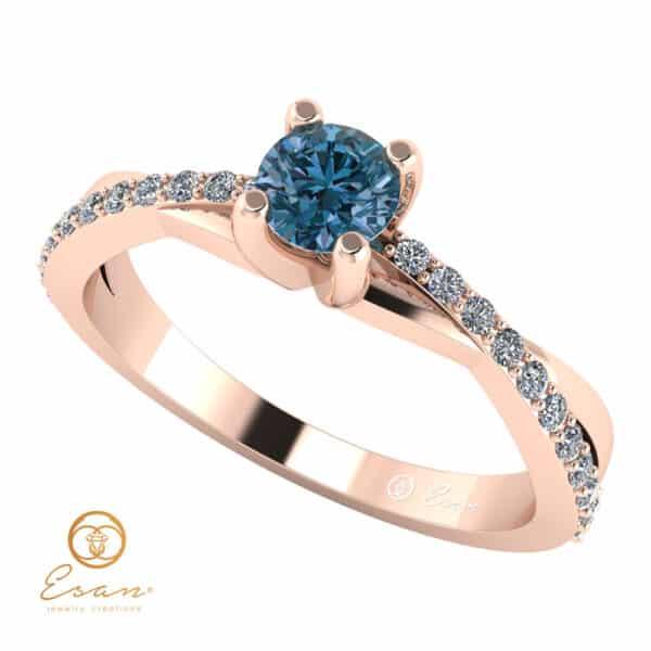 Inel de logodna din aur cu diamant albastru si diamante incolore ES104