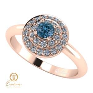 Inel de logodna din aur cu diamant albastru si diamante incolore ES68