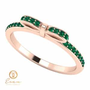 Inel de logodna din aur cu smarald si diamante ES88