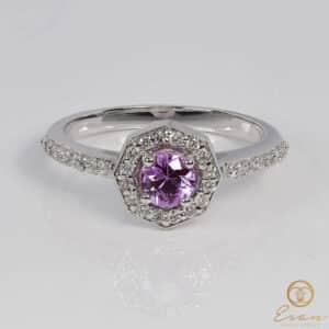 Inel aniversar din aur alb cu safir pink si diamante ES170