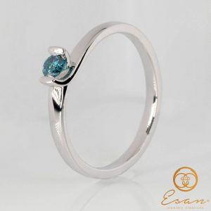 Inel de logodna din aur cu diamant albastru sky